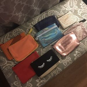 Lot of TEN Zipper Bags